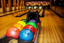 Recreation and entertainment Bowling number one in Berdyansk